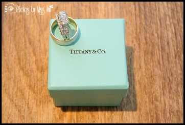tiffany-ribbon-ring-iceland-wedding-photographer